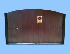 Puerta de garaje modelo INIMA